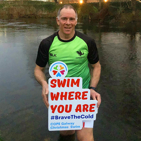 Andy Friend, Connacht Rugby, supporting Christmas Swim